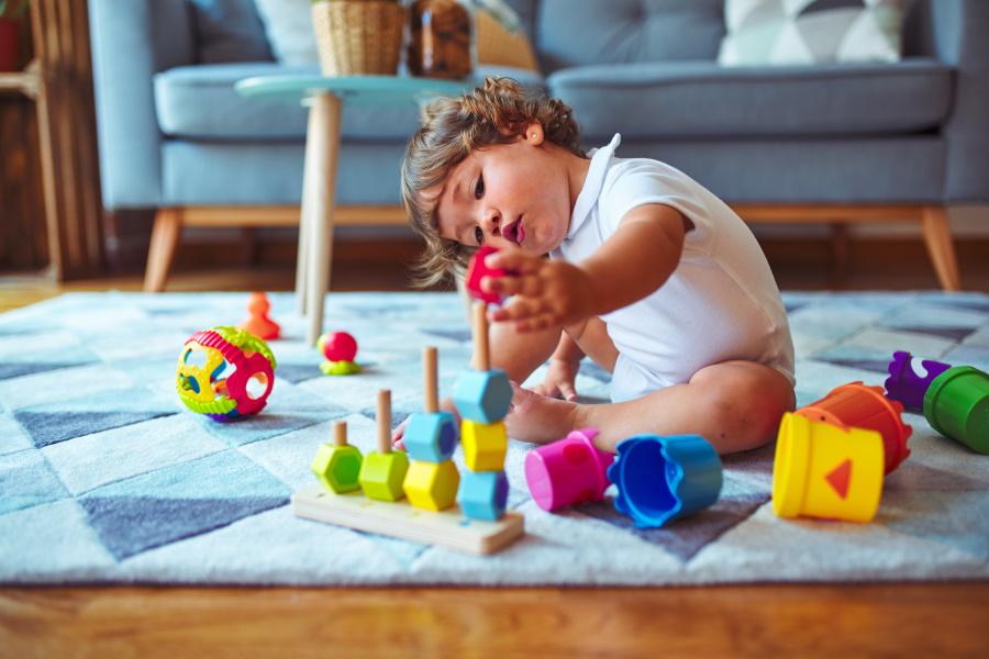 jouet de bébé de 4 mois