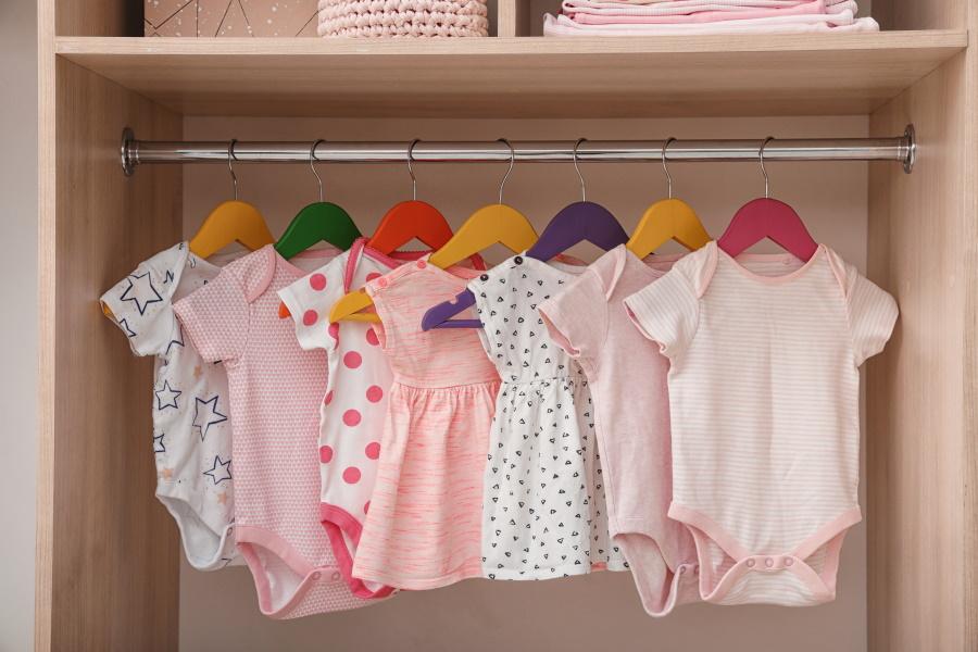 garde-robe de bébé