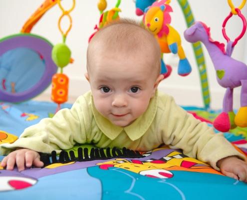 A quoi sert un tapis d'éveil pour bébé ?