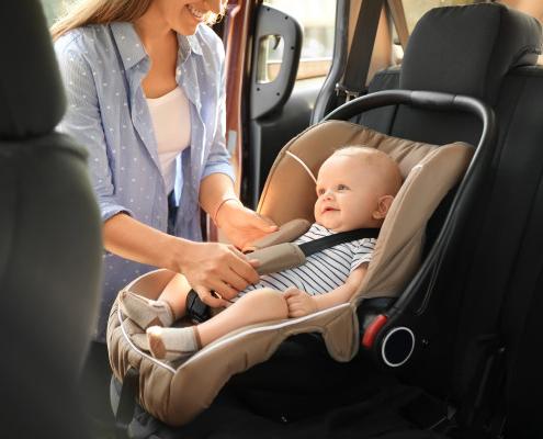 Siège auto bébé : conseils de choix